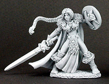 Reaper DHL 02939 - Viking Girl: www.mightylancergames.co.uk