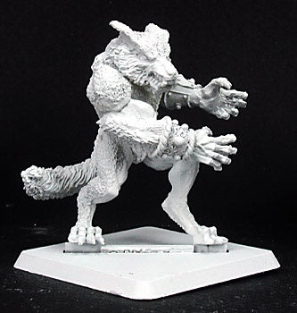 14239: Feral Hunter sculpted by Tim Prow: www.mightylancergames.co.uk