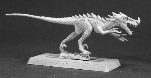 14475: Raptor sculpted by Dennis Mize