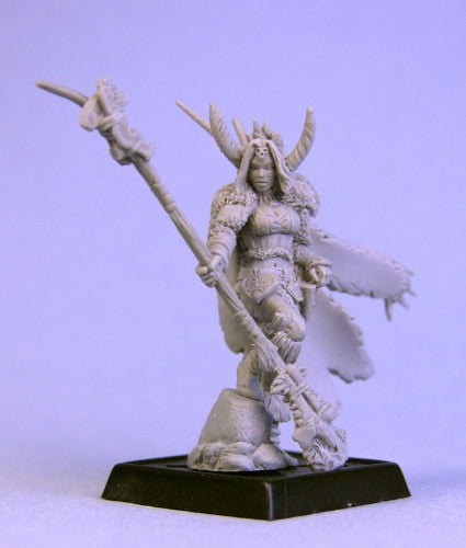 14647: Nadezhda the White, Ice Sorceress sculpted by Patrick Keith