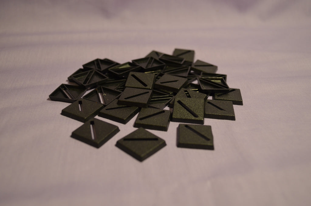 Miniature bases: 20mm Square Slotted (40 bases per blister)