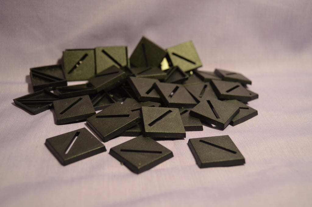 Miniature Bases: 25mm Slotted Square (40 bases per blister)