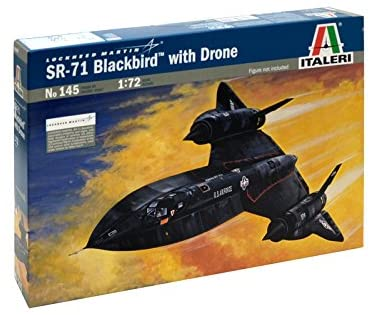 SR-71 Blackbird with Drone - Italeri 1/72 (N0 145) :www.mightylancergames.co.uk