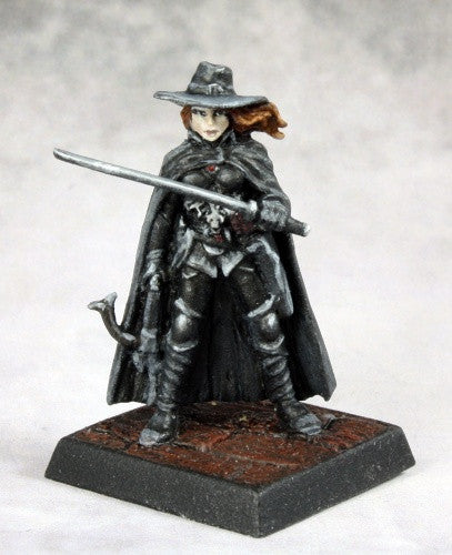 Reaper Pathfinder Miniatures - 60164 Vampire Hunter: www.mightylancergames.co.uk