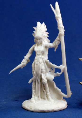Reaper Bones 77121: Liela Dark, Elf Wizard: www.mightylancergames.co.uk