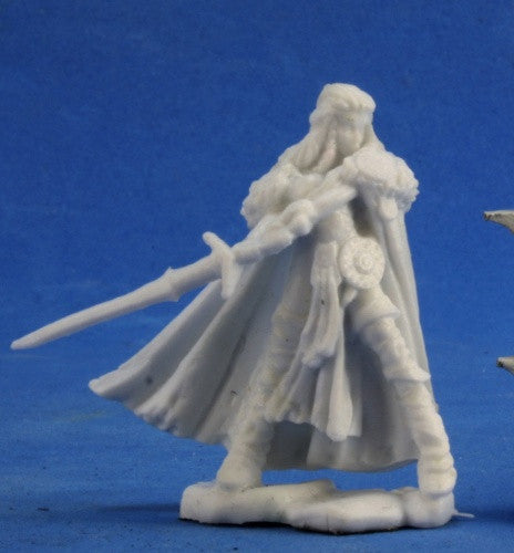 77389 - Highland Heroine (Reaper Bones Black) :www.mightylancergames.co.uk
