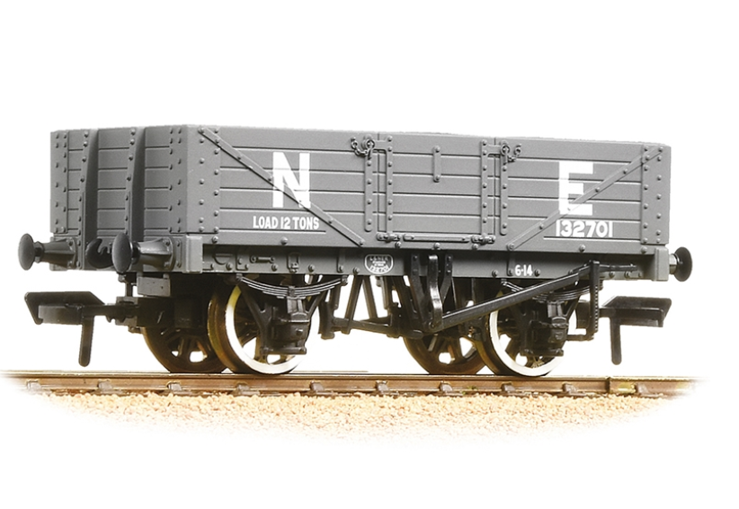 5 Plank Wagon Wooden Floor LNER Grey