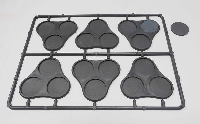 Victrix Plastic Bases Set 9 - Skirmish movement trays for 25mm round bases.