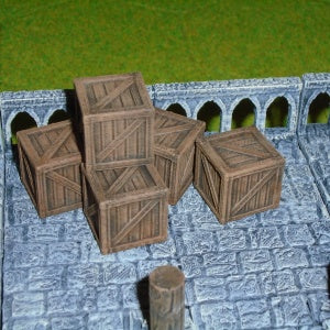 Crates x5 (Irongate Scenery IG00018) :www.mightylancergames.co.uk
