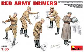 Red Army Drivers - 1/35 MiniArt