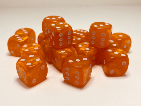 Orange Pearl - 20 x 12mm D6 (12OPD6)
