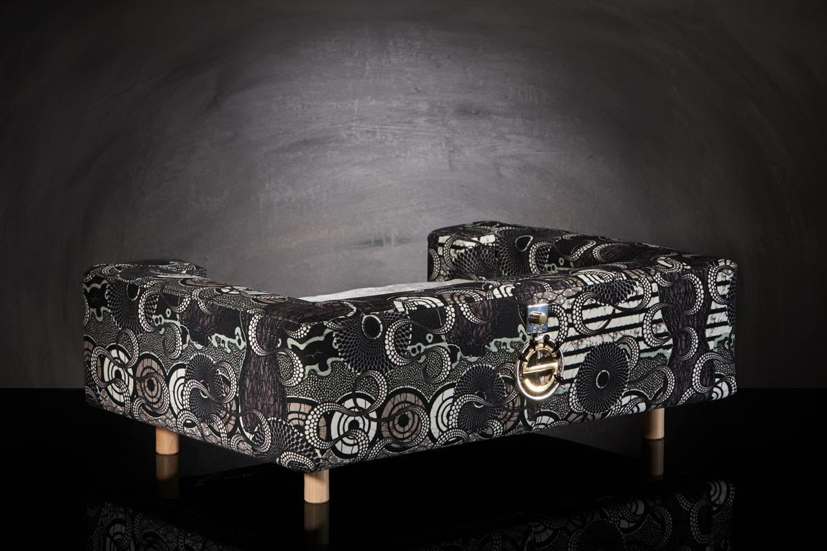 Luxury sofa for cat Black S size by Paris designer Sabanah