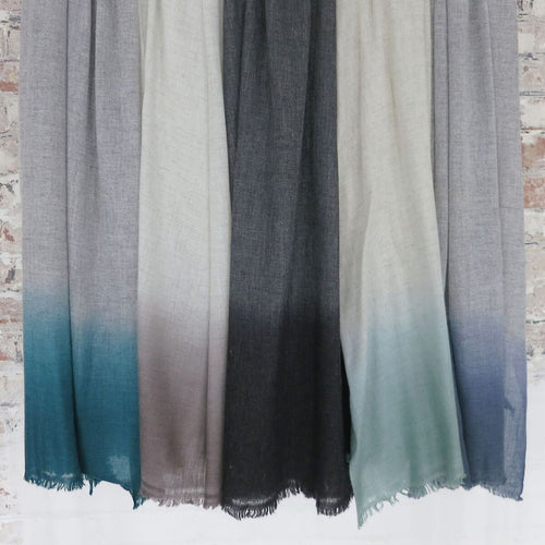 Aura Que - PURNA Dipdye Ombre Two Tone Soft Wool Scarf