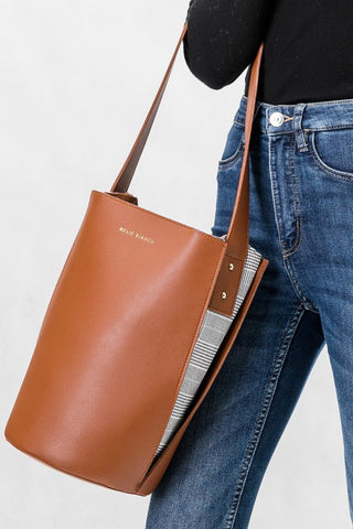 Luna Saddle Handbag