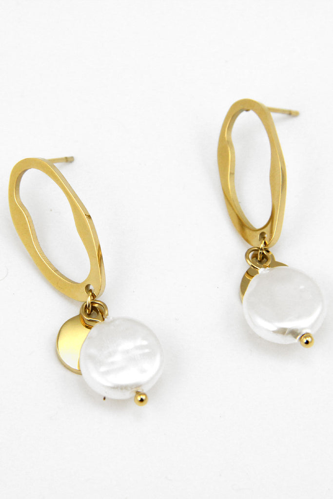 Lorna Pearl Earrings