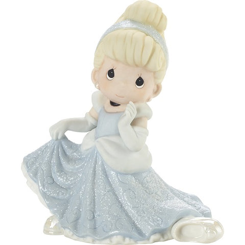 Disney Showcase Don't Let The Magic Slip Away Cinderella Figurine