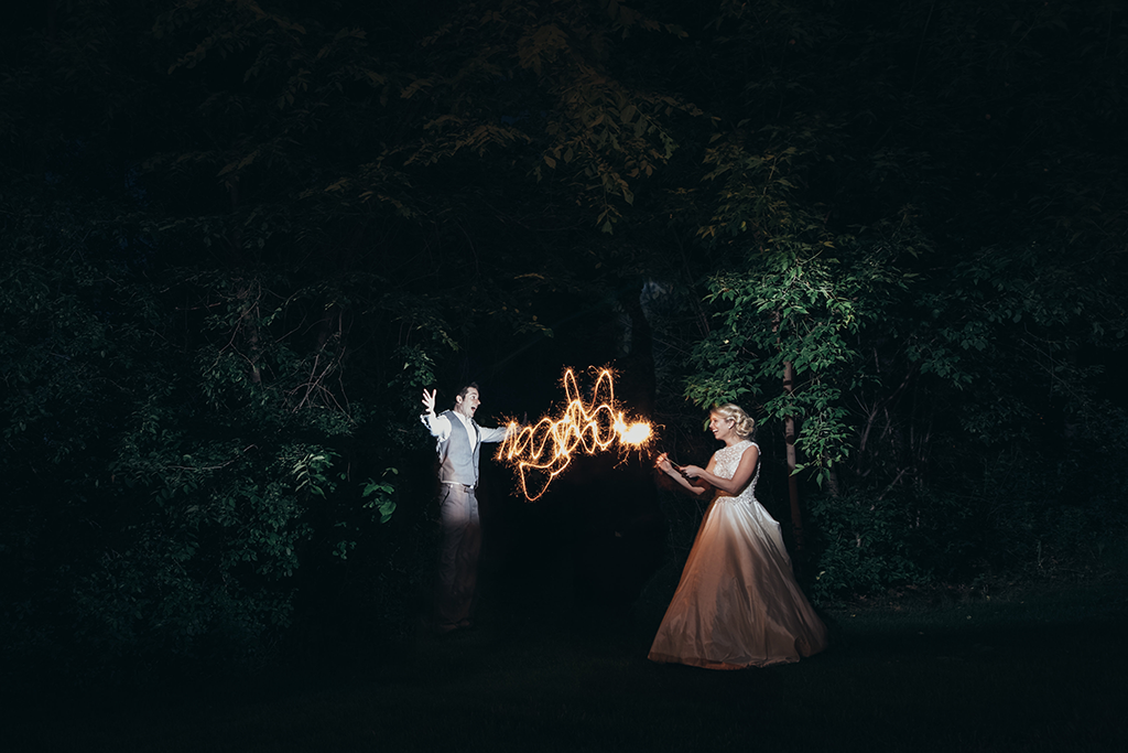 bride-groom-with-sparklers