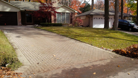P. McConnell Contracting, PMC Greenscapes, Landscaping, Etobicoke, Toronto, MIssissauga, Leaf cleanup,