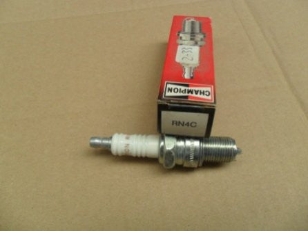 Evinrude Johnson Champion Spark Plug RN4C