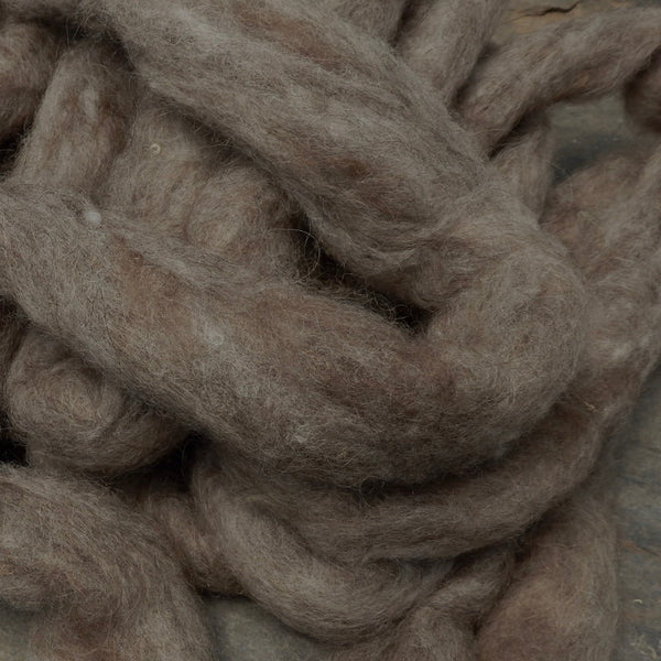 Romney undyed light gray