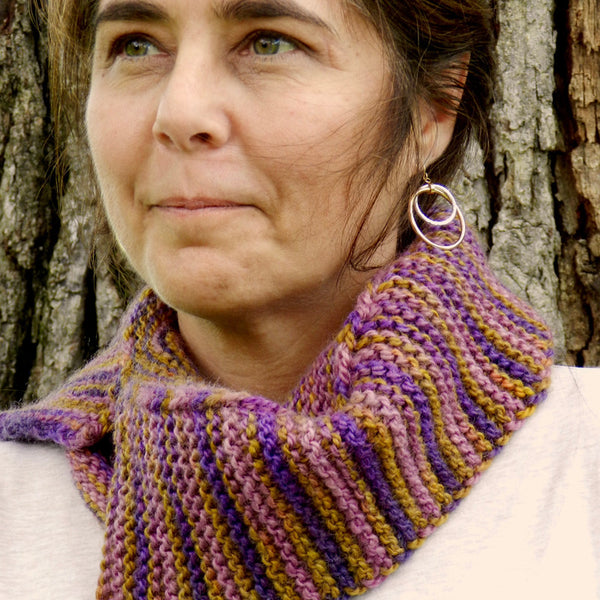 dye-hard, knit-easy cowl pattern