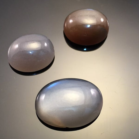 18 carat Grey Moonston Cabochon set
