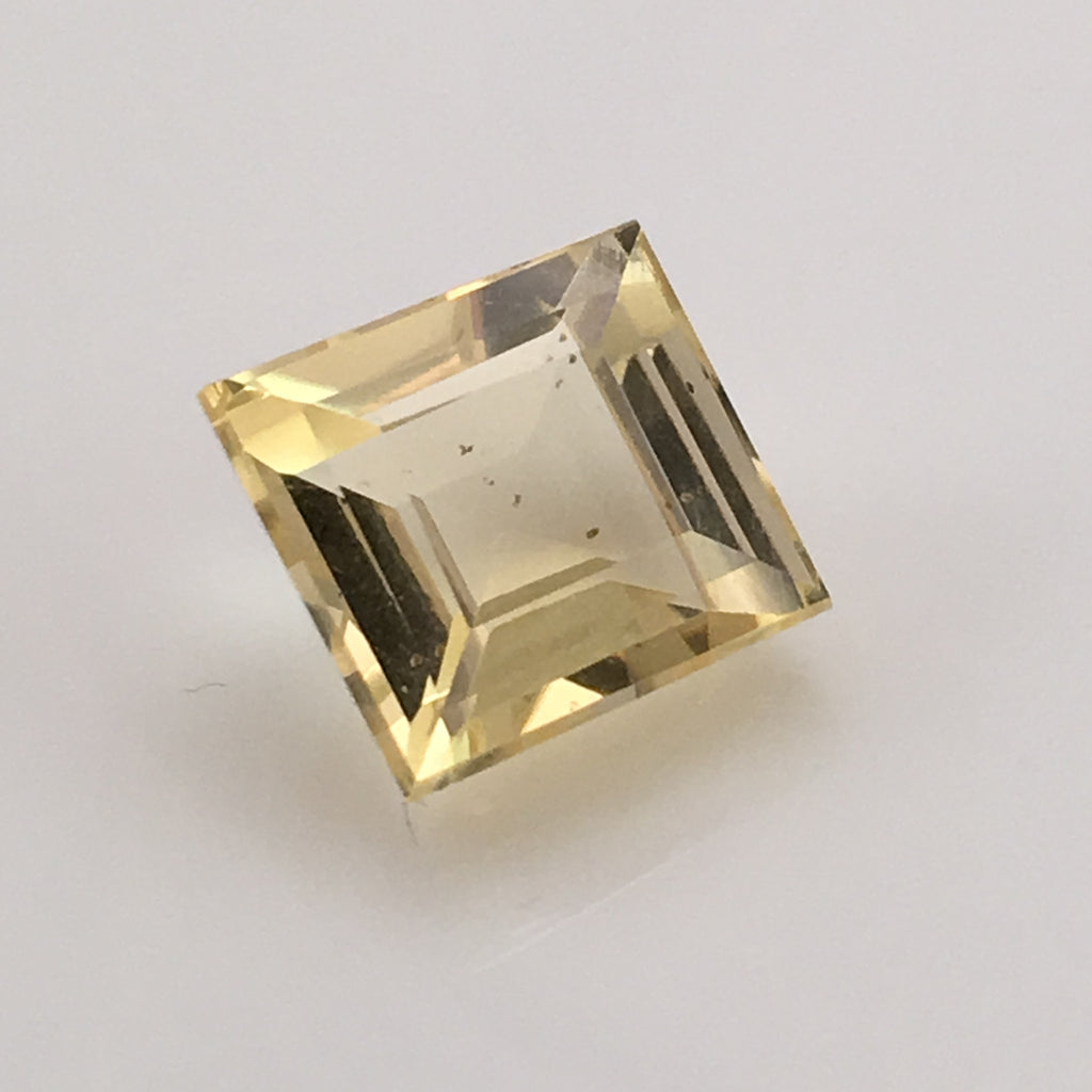 9.8 carat Square cut Golden Scapolite Gemstone - Colonial Gems