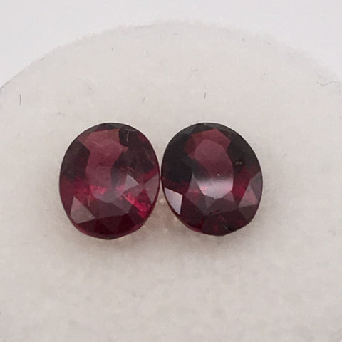 3 carat 2 piece set of Rhodolite Garnet Gemstones - Colonial Gems
