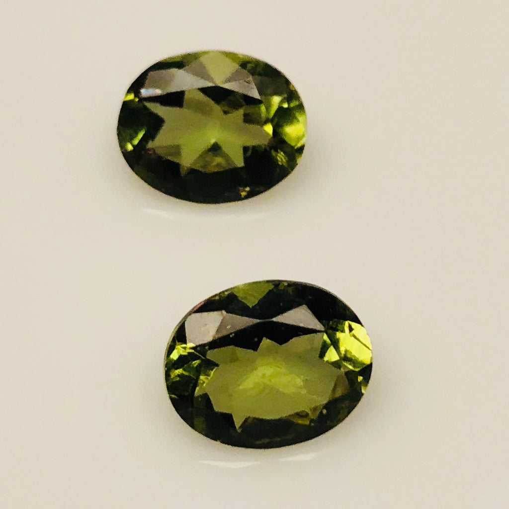 5.03 Carat Set of Rare Color Changing Zultanyte Gemstones - Colonial Gems