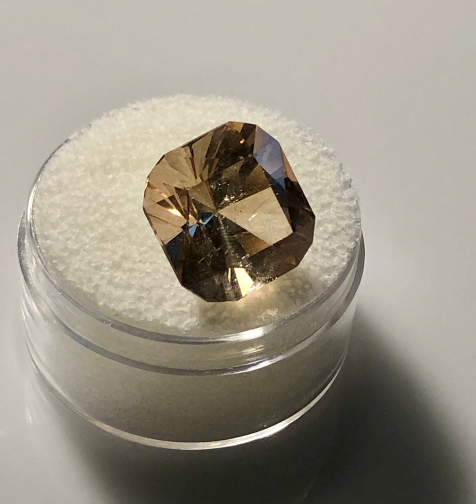 Colorado 8 carat Sherry Topaz