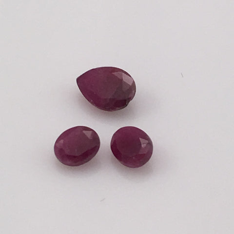 2 carat Vietnamese Ruby Set - Colonial Gems