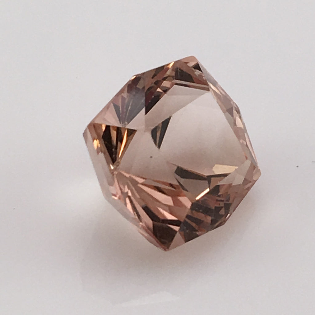 14.8  carat Swedish Champagne Topaz Gemstone - Colonial Gems