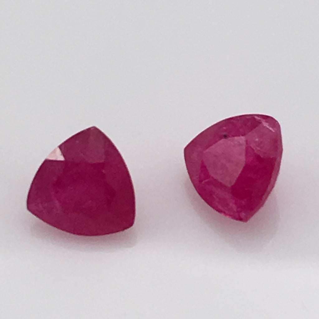 2.2 carat set triangle cut set of Cambodian Rubies - Colonial Gems