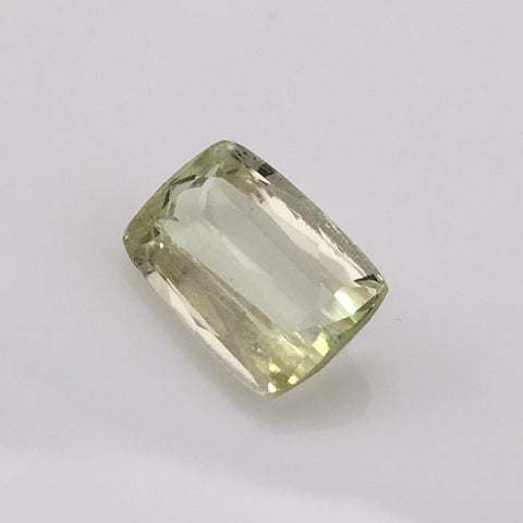 4.8 carat Hiddenite Gemstone - Colonial Gems