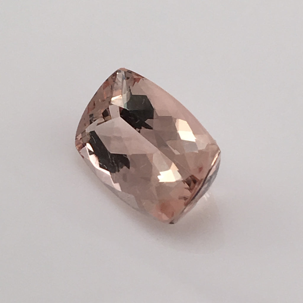 5.3 carat Morganite Gemstone - Colonial Gems