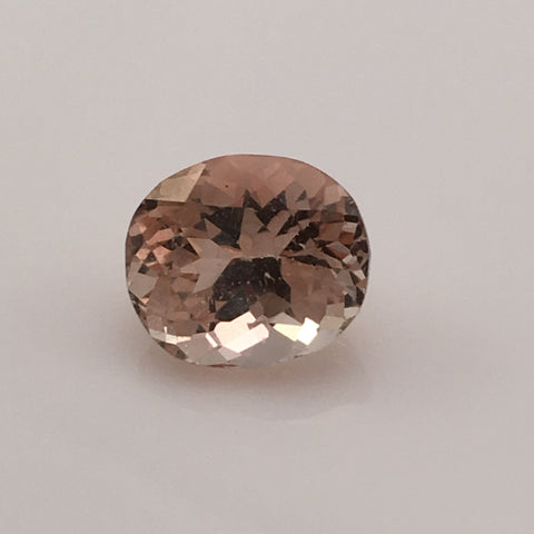 4.5  carat Cream Topaz Gemstone - Colonial Gems