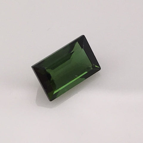1.75 carat Nepalese Green Tourmaline Gemstone - Colonial Gems