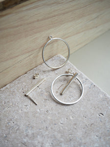 Silver bar and ring earring