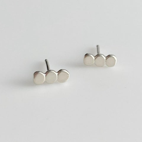 Pebble Studs in Sterling Silver