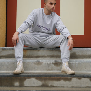 MIDFLD Find the space Crewneck - Athletic Grey/Purple