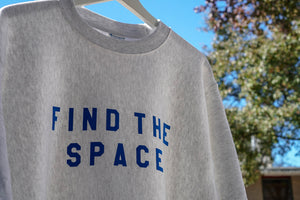 MIDFLD Champion™ FIND THE SPACE Crewneck - Silver Gray