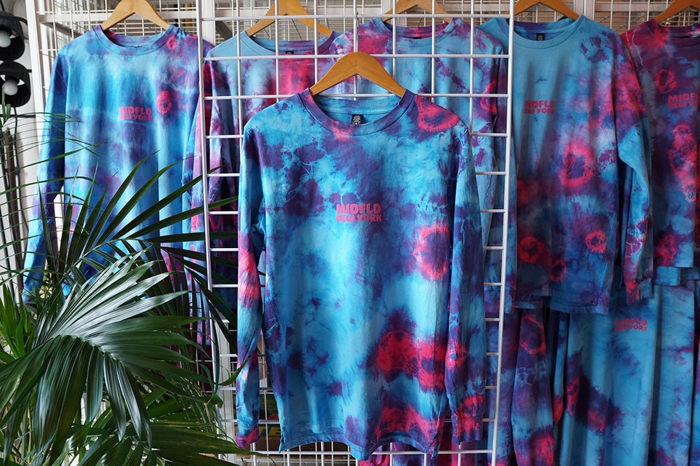 MIDFLD New York Tie-Dye Long Sleeve T-shirt - Blue/Pink