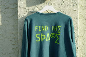 MIDFLD Champion™ - Find the Spa©e Long Sleeve T-Shirt - Cactus Green