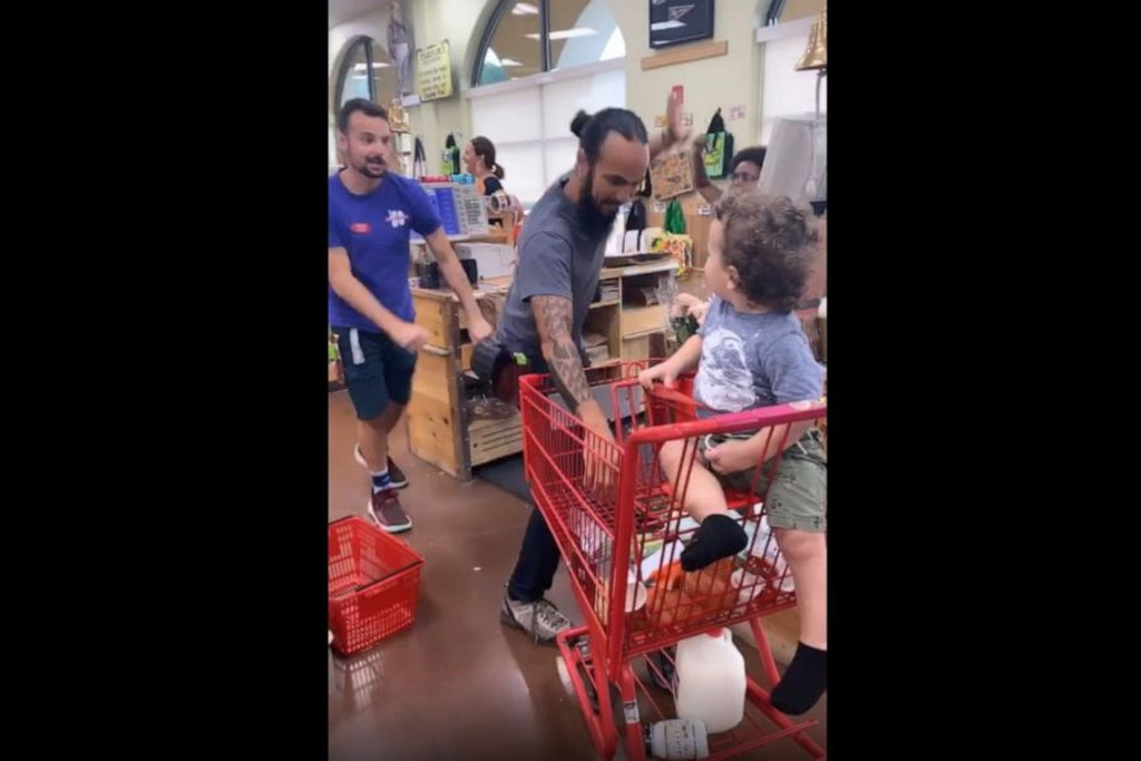 Video Of Trader Joe's Employees Singing And Dancing To Stop Toddler Tantrum Goes Viral