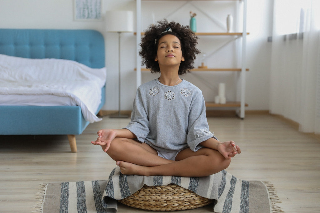 A Parent's Guide: Meditate With Toddlers And Teens To Improve Emotional Intelligence And Resilience