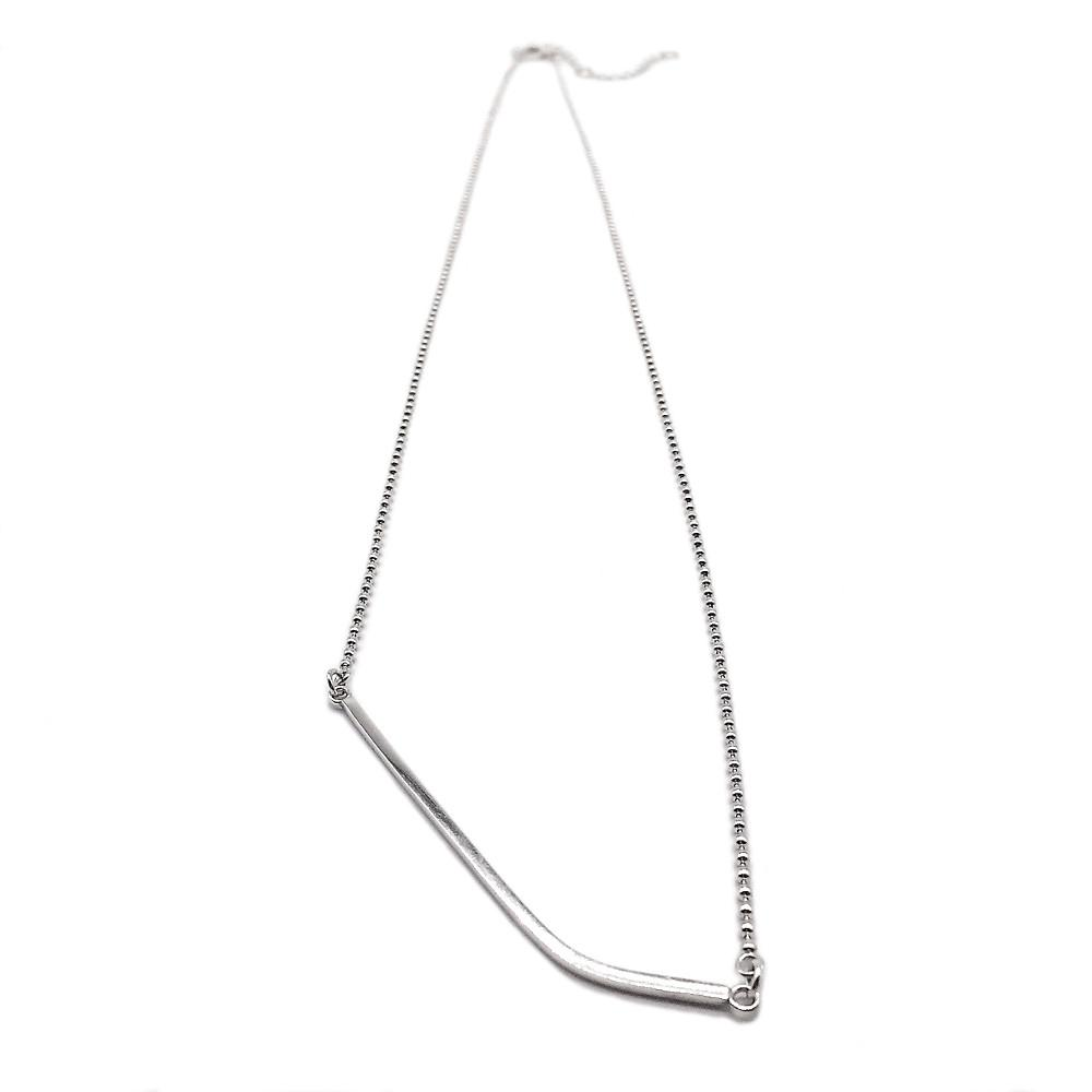 Curved Square Bar Necklace