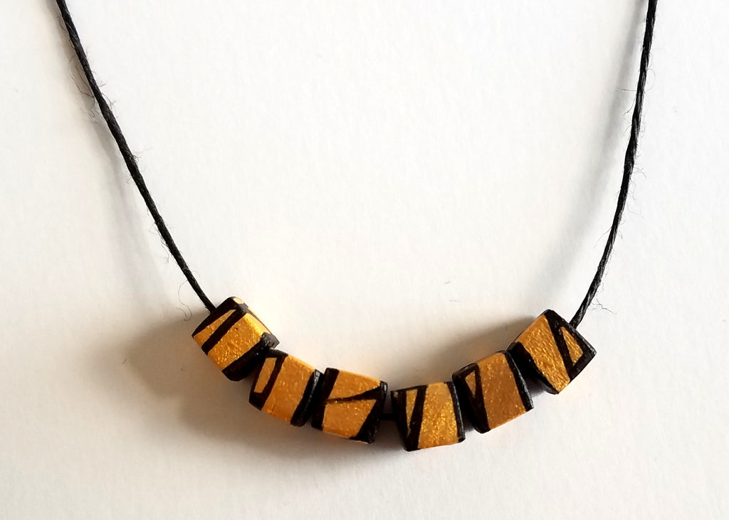 Cube7 - 6pc - Minimal Yellow Gold Necklace - Hue+Wood