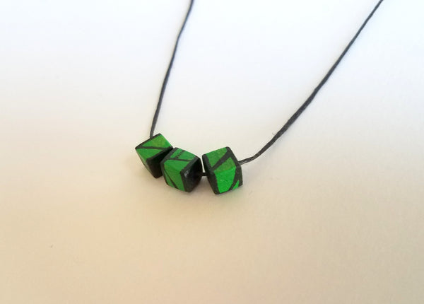 Minimal Green Wood Bead Necklace