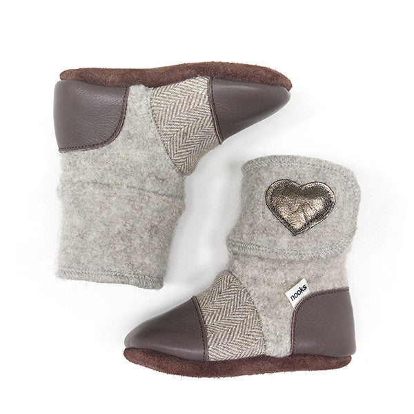 Nooks Infant / Toddler Booties Latte