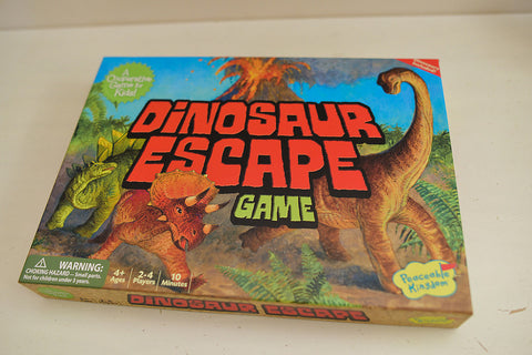 Dinosaur Escape - A Co-Operative Game from Peaceable Kingdom
